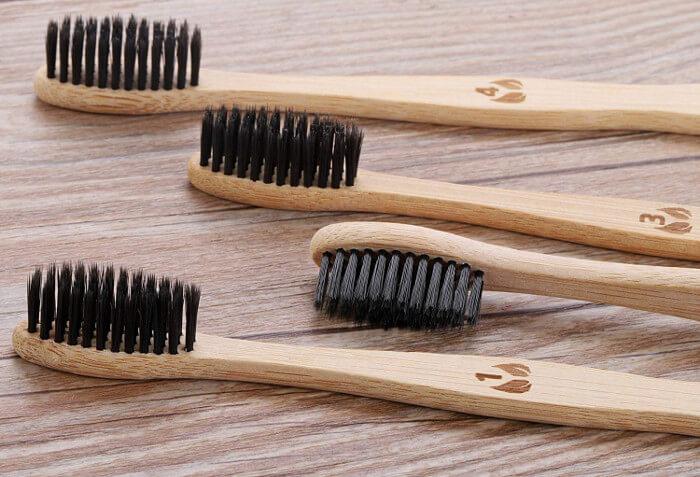 Cepillo dientes bambú cerdas carbon activo