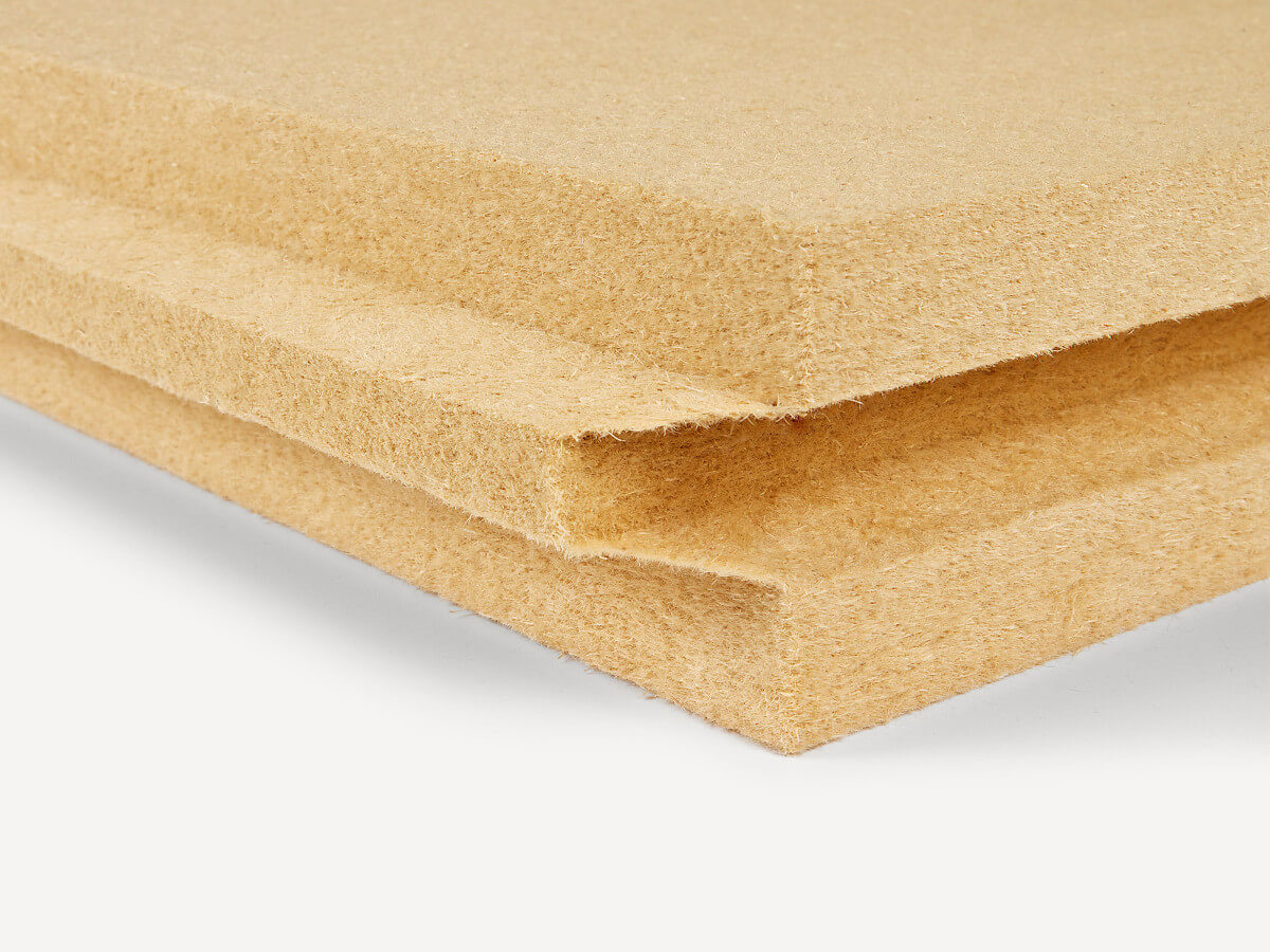 Panel aislante de fibra de madera
